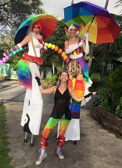 maui hawaii stilt walkers