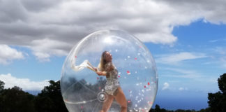 bubble performer