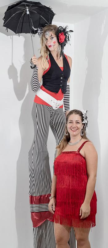 maui stilt performers